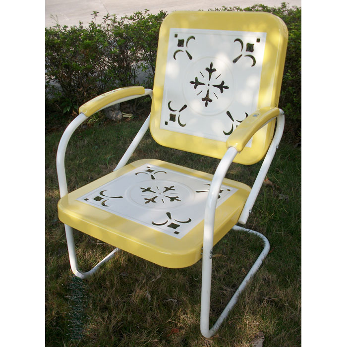 Retro Metal Outdoor Chair White & Yellow Sled Base