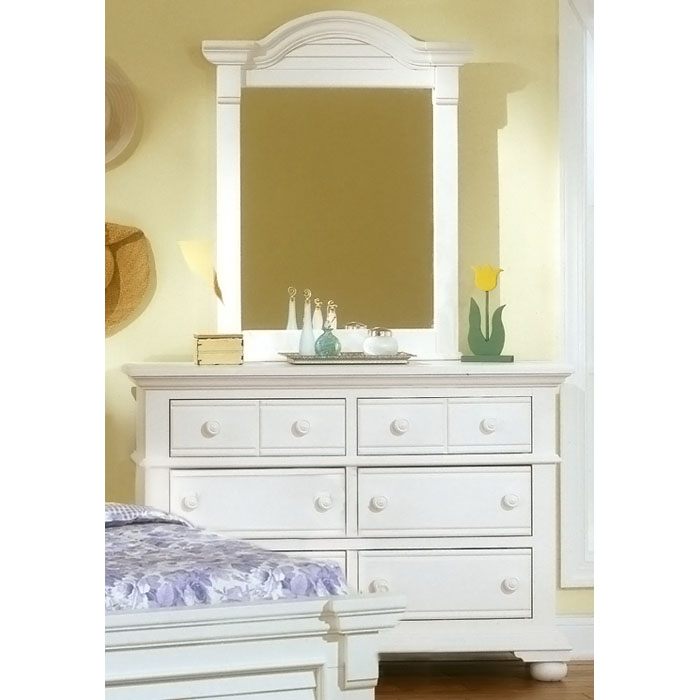 Cottage Traditions Youth Vertical Mirror in Eggshell White - AW-6510-030
