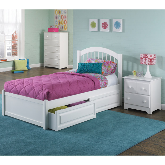 Windsor Twin Bed W Flat Footboard And Raised Panel
