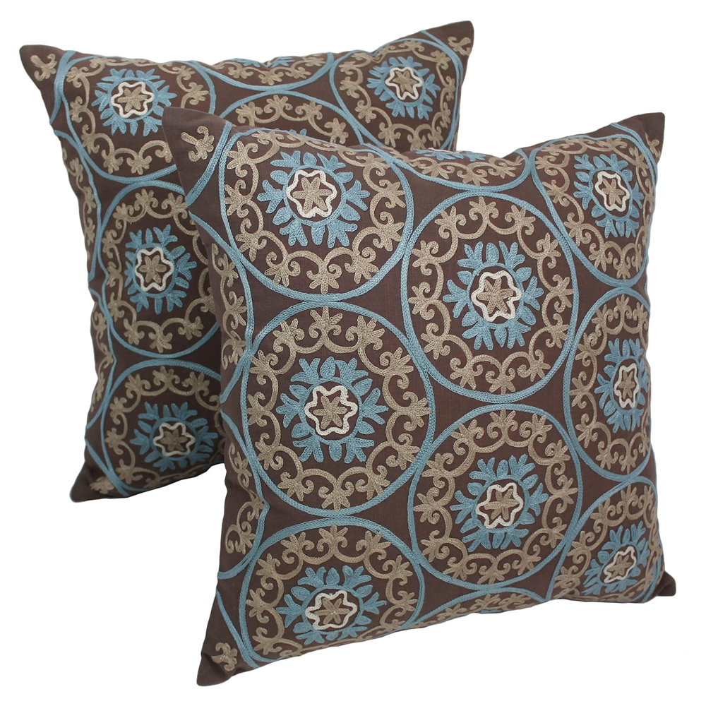 Medallion 20 Quot Throw Pillows In Baby Blue And Beige
