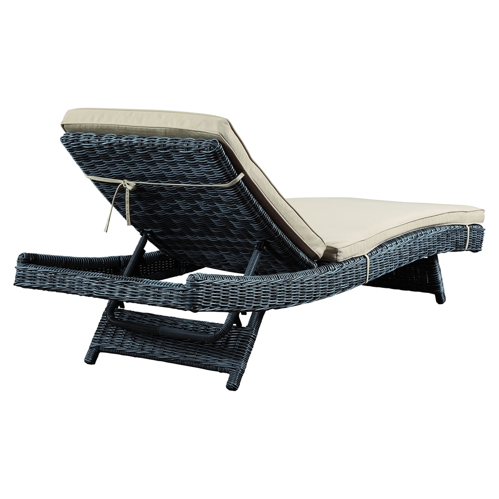 Summon outdoor patio chaise lounge sunbrella canvas for Antique chaise lounge value