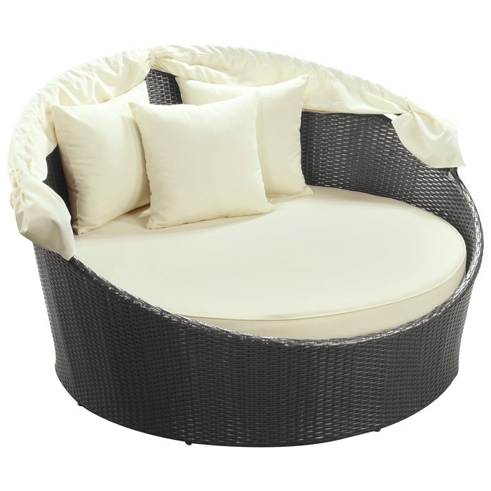 Siesta outdoor rattan canopy bed dcg stores for Sofa exterior redondo