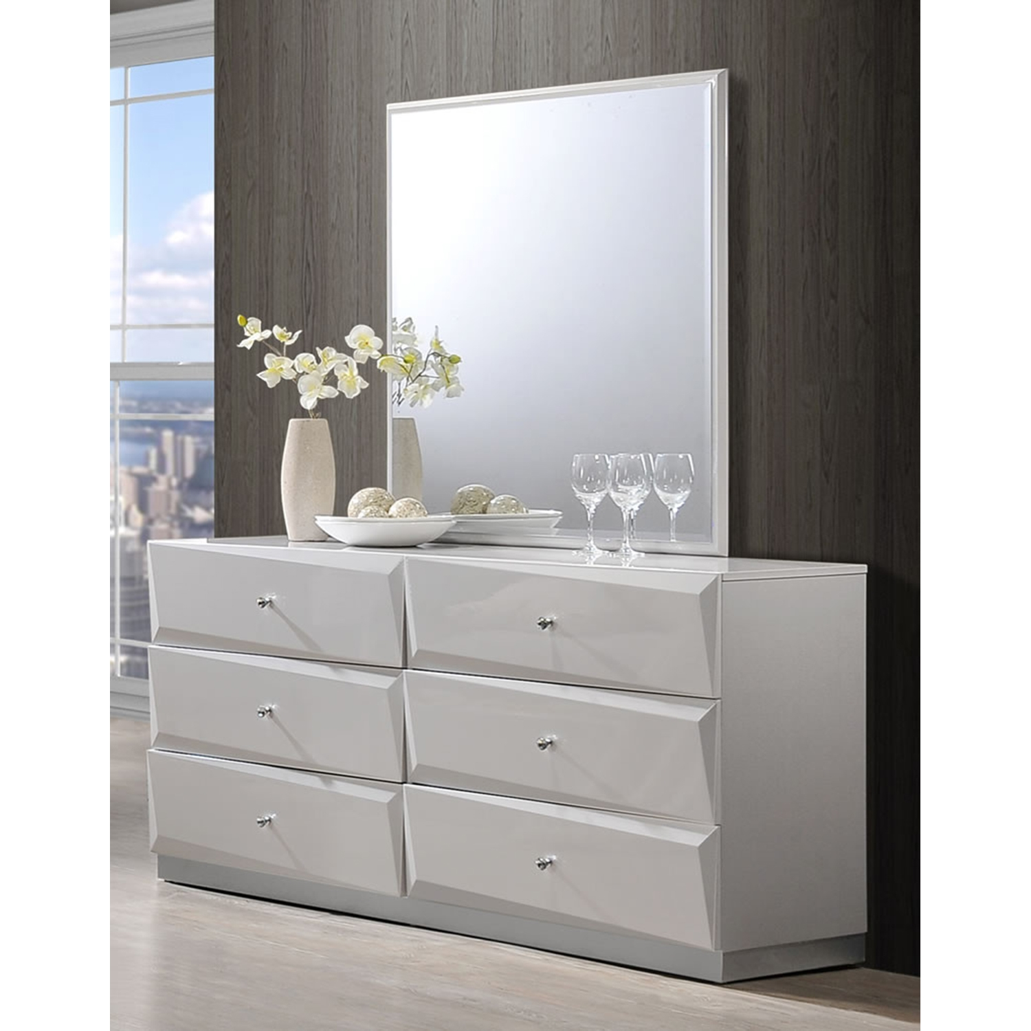 ... Barcelona Bedroom Set In High Gloss Silver Line   GLO BARCELONA 116 BED  ...