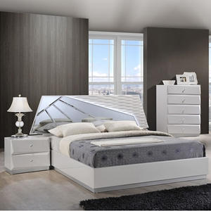 Barcelona Bedroom Set in High Gloss Silver Line