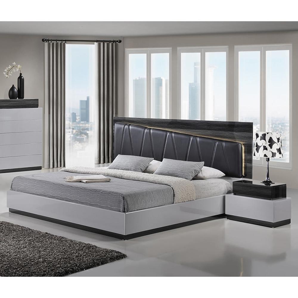 Bedroom Zebra Jarrah Bedroom Furniture Bedroom Bay Window Seat Bedroom Roof Ceiling Design: Lexi Bedroom Set In Silver Line/Zebra Gray