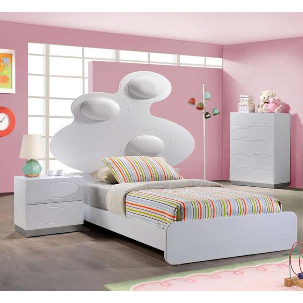 Lola Bedroom Set In White Dcg Stores