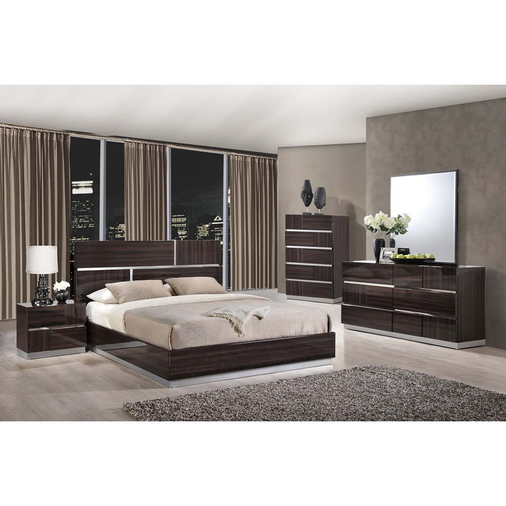 Tribeca Bedroom Set in High Gloss Brown Wood Grain | DCG Stores