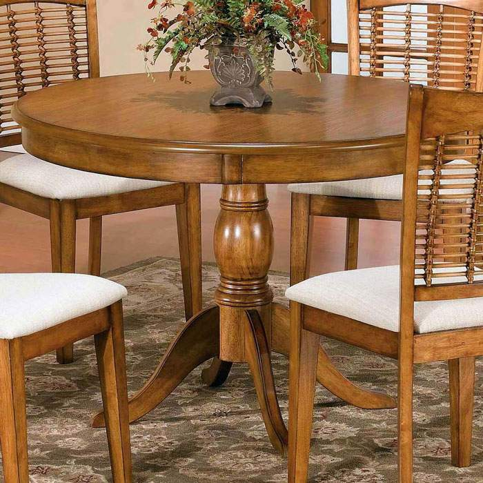 Bayberry Dark Tone Round Table 4 Chairs: Bayberry Round Dining Table With 4 Wicker Chairs