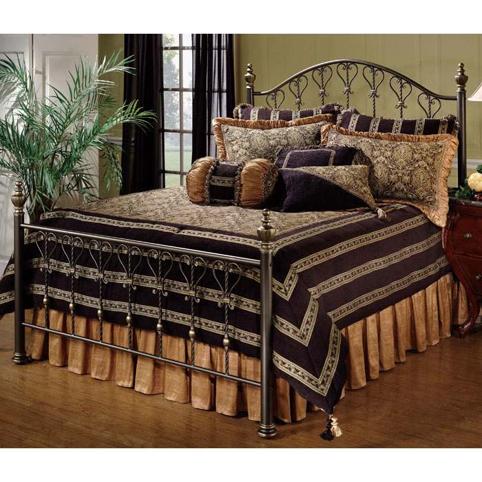 Huntley Elegant Bed