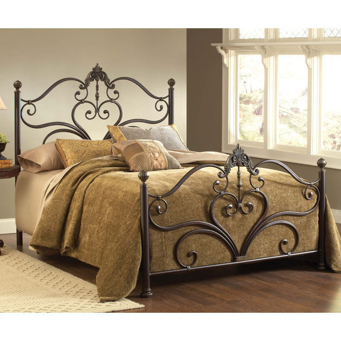 Newton Antique Metal Bed - HILL-1756B