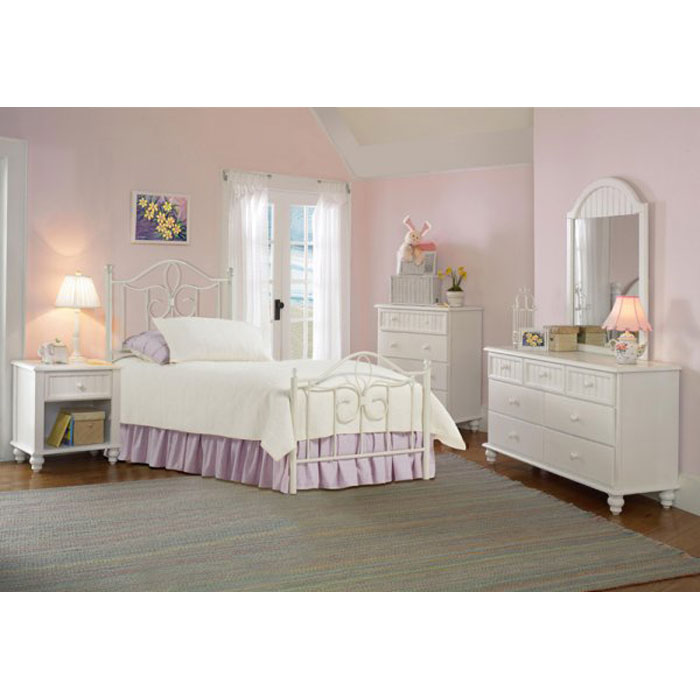 Westfield 5 Piece Bedroom Set with Metal Bed