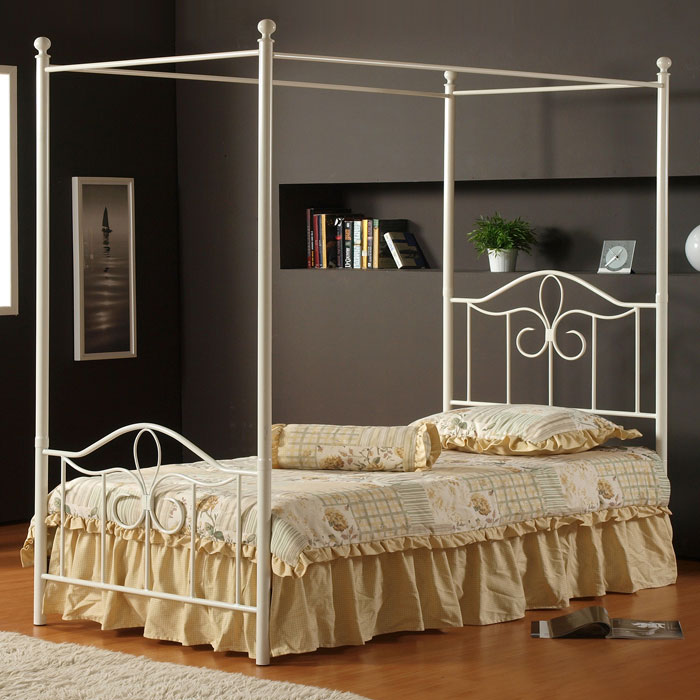 Westfield Metal Canopy Bed