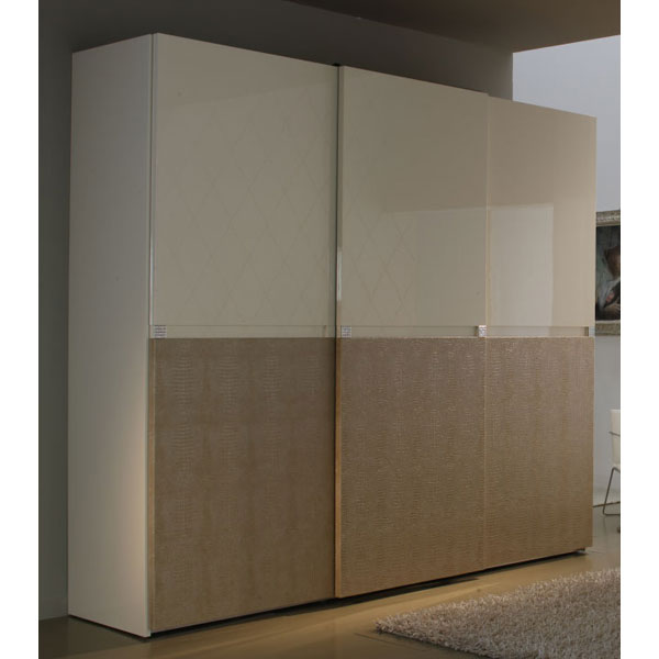 Sliding 3 Door Wardrobe Armoire   ROS T2693TT6152XX ...