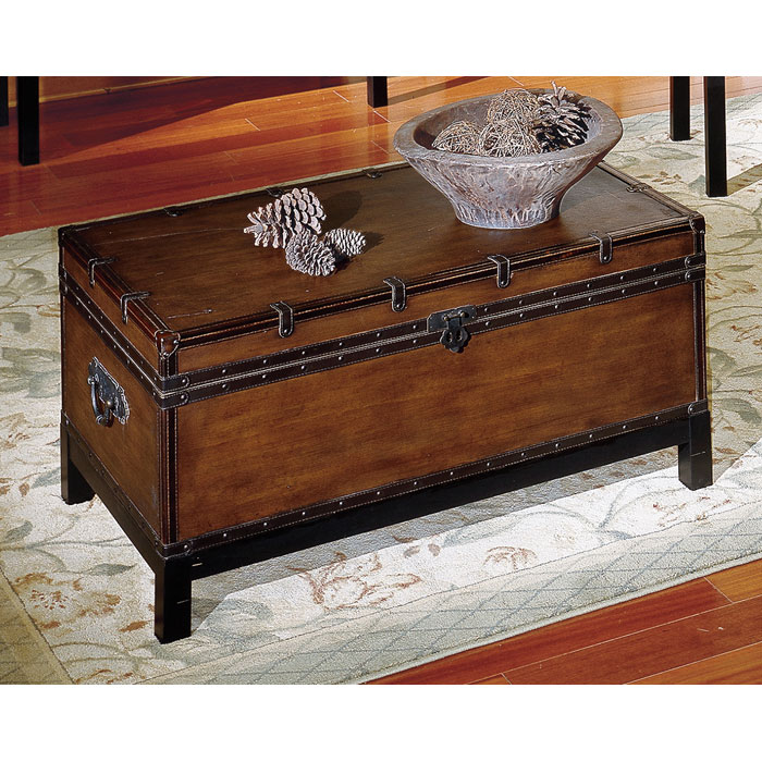 Voyage Storage Trunk Style Tail Table
