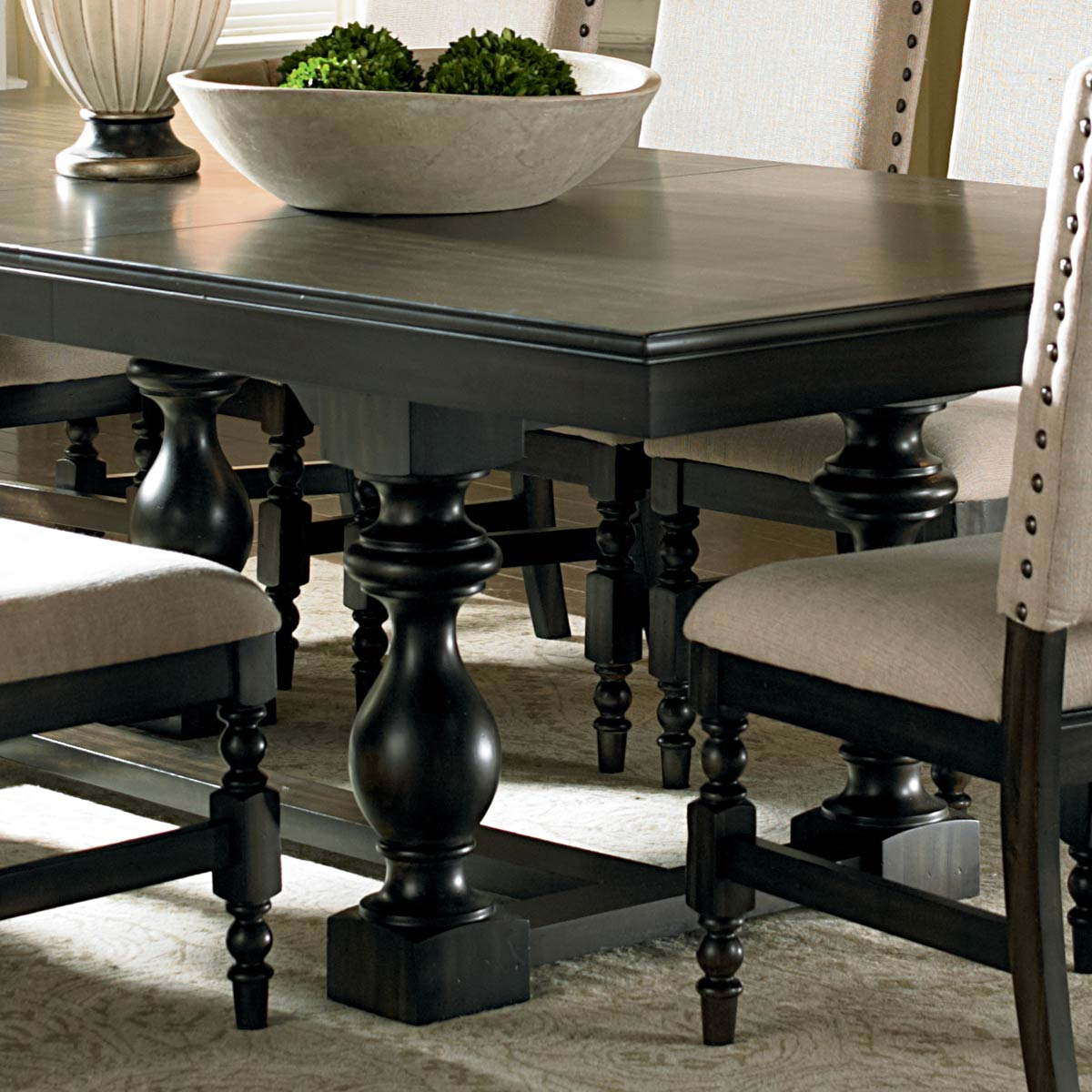 Leona 9 Piece Dining Set