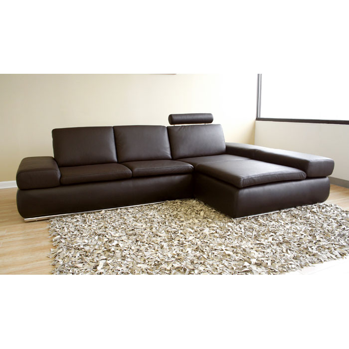 champagne leather sofa with chaise in dark brown dcg stores. Black Bedroom Furniture Sets. Home Design Ideas