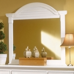 Cottage Traditions Dressing Mirror in Eggshell White