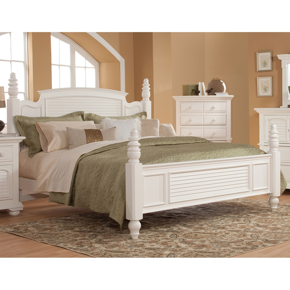 Cottage Traditions Poster Bed Eggshell White Dcg Stores