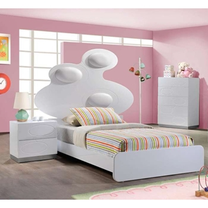 Lola Bedroom Set in White