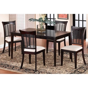 Bayberry Rectangle Dining Table with 4 Wicker Chairs