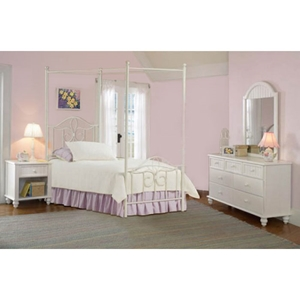 Westfield 4 Piece Canopy Bedroom Set