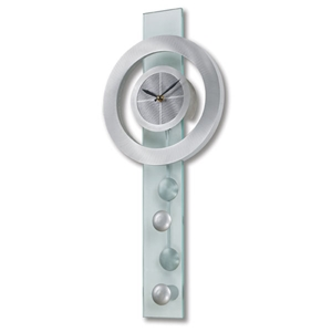 Juggling Time Pendulum Clock