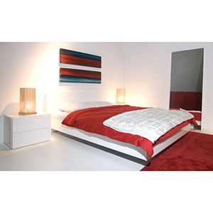 Float Queen 5 Piece Bedrooom Set in High Gloss White